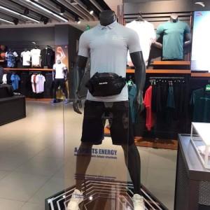 Manocanh quần đùi áo ngắn tay đeo túi ASR20