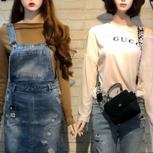 Manocanh Nữ Thời Trang Trang Điểm Đội Nón Áo Gucci Quần Gean Dài Đeo Túi ASR141